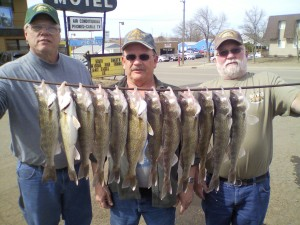 About us allen 39 s hillside south dakota fishing guide service for Chamberlain sd fishing report